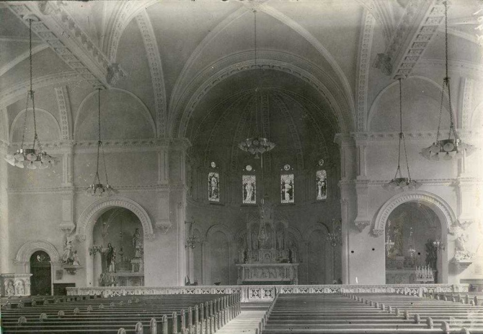 Interior of St. Andres Church, circa 1910